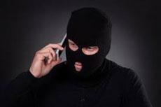 Чоловік втратив чималу суму через телефонних шахраїв