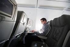 Британия ввела запрет на гаджеты в ручной клади на авиарейсах из шести стран