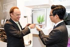 Merck Korea представила материалы для «футуристических» дисплеев