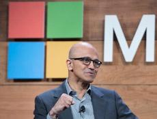 Глава Microsoft посмеялся над Apple из-за сходства iPad Pro с планшетами Surface