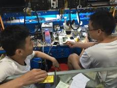 Энтузиаст собрал рабочий iPhone 4s за $50 из запчастей с китайских рынков