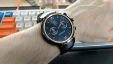 Asus снова задерживает обновление для умных часов ZenWatch второго и третьего поколений
