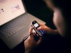 Неповнолітню інтернет-шахрайку викрили на Черкащині