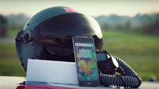 OnePlus провела анбоксинг 3T во время полёта на истребителе