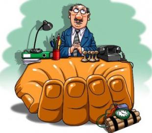 УГЦР не спешит снимать с себя подозрения в коррупции