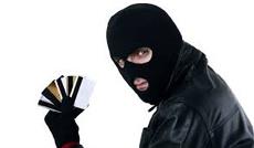 Псевдопрацівник банку виманив у чоловіка 7 тисяч гривень