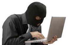 В Одессе задержали последнего участника группы мошенников, которые продавали в Интернете несуществующий товар