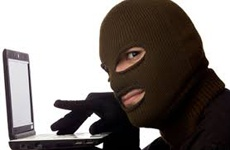 Чоловік заплатив 12 тисяч гривень за зубну пасту в інтернеті, однак товар не отримав