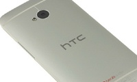 -   HTC     One