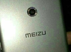 Новинка Meizu с оригинальной вспышкой появилась на фото