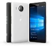 Продажи смартфонов Microsoft снизились на 81%