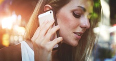 Надо ли выключать смартфон на время грозы