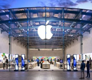 Капитализация Apple прошла рубеж в триллион долларов
