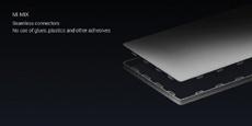 Безрамочный Xiaomi Mi Mix проверили на прочность