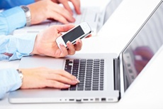 Ведущие производители ноутбуков демонстрируют рост поставок