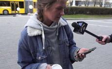 «Ну ничего такой, похож на iPhone»: у прохожих спросили мнение о Samsung Galaxy S8