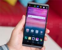 В США продано более 200 000 смартфонов LG V20