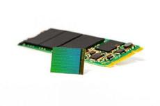 Чипы памяти 3D NAND будут доминировать на рынке твердотельных накопителей