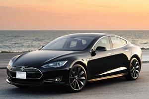 Автопилот убил водителя на Tesla S