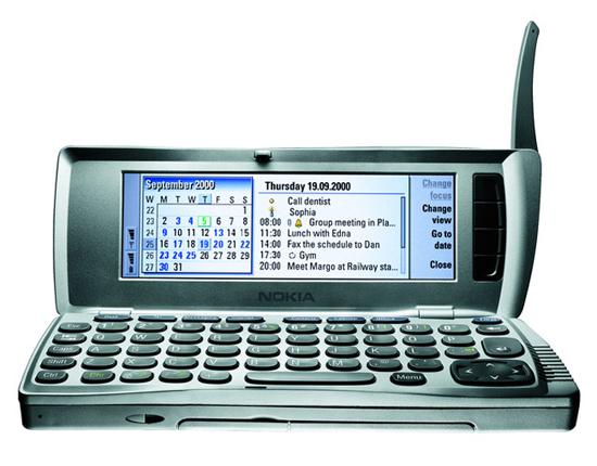 Nokia-9210-Communicator-launched-in-2000 Какими были первые смартфоны