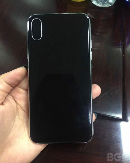 Смартфон iPhone 8 в итоге может получить название «iPhone Decade Edition»
