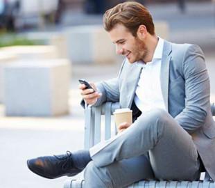 Ученые подсчитали, сколько лет жизни современные люди тратят на смартфоны