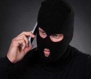 Телефонные мошенники выманили у пенсионерки 22 тысячи гривен