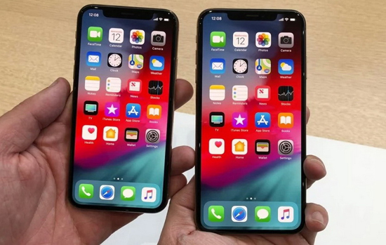 1iphone_xs_max_vs_android-25.jpg (165 KB)
