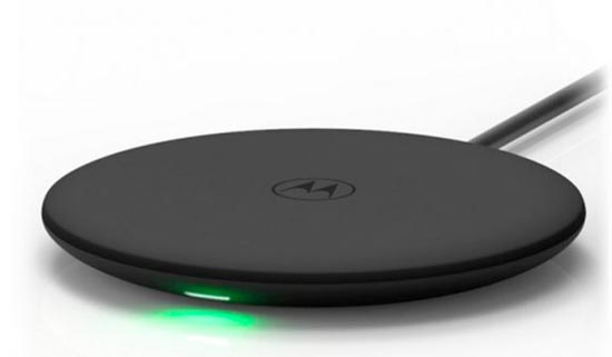 Motorola_Wireless_Charging_Pad_620.jpg (20 KB)