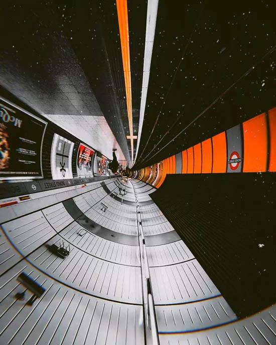 41557253734_metro-naoborot-4.jpg (84 KB)