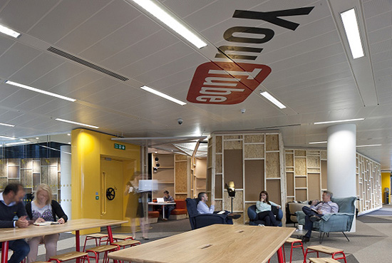 1349330866 youtube office in london 02 - Фотографии офиса YouTube в Лондоне (Фото)