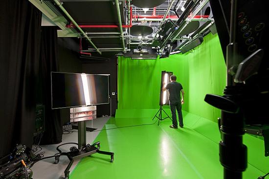1349330909 youtube office in london 14 - Фотографии офиса YouTube в Лондоне (Фото)