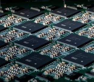 Intel представила компьютер с 64 нейроморфными чипами