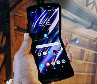 Вышли первые обзоры Motorola RAZR