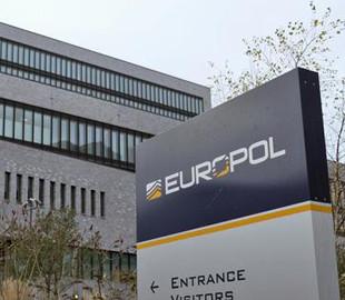 Європол: Під час коронавірусної кризи активізуються кіберзлочинці та шахраї