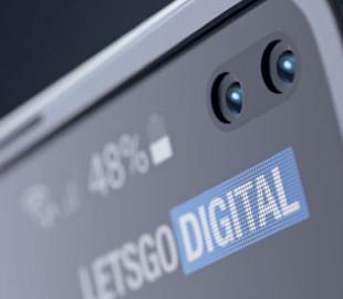 Samsung готовит смартфон, который складывается в двух направлениях